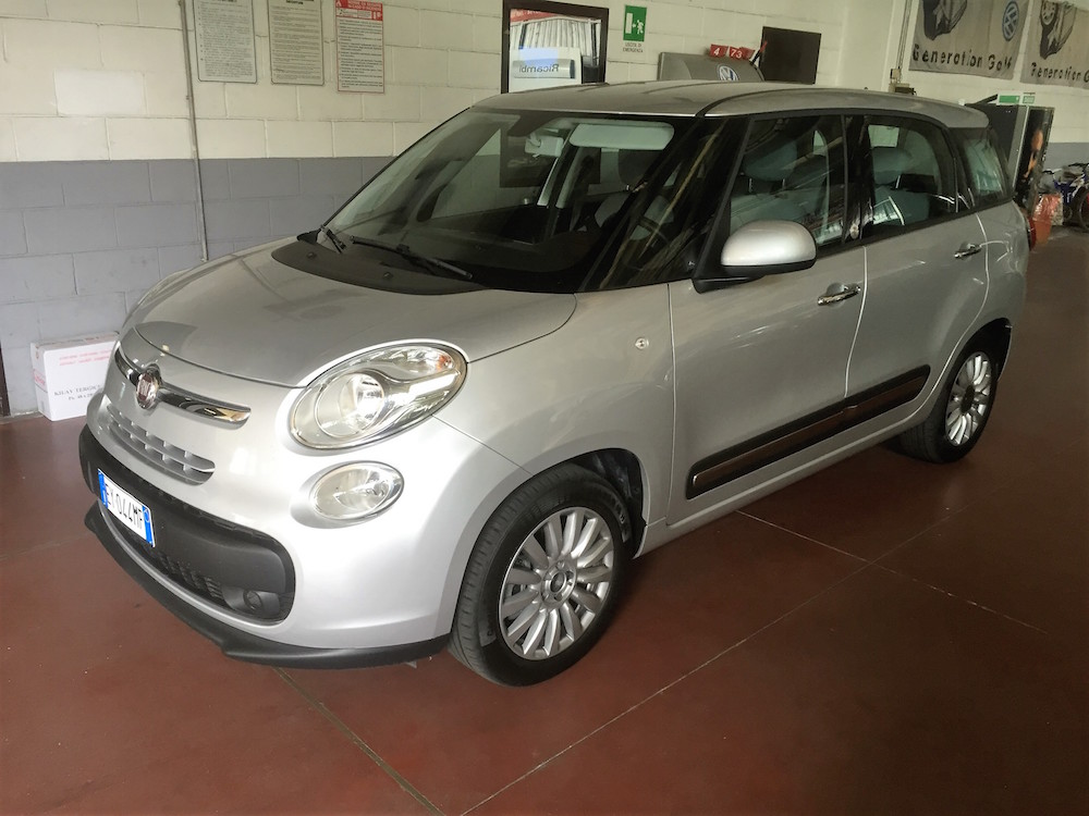 500L Living 1.6 Multijet Pop Star